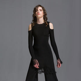 SYUSYUHAN设计师女装品牌 仙气十足独特工艺丝光流苏露肩开叉上衣