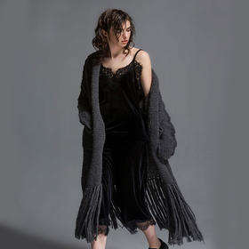 SYUSYUHAN设计师女装品牌 马海毛粗针重工流苏下摆时髦外搭长外套