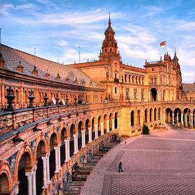 西班牙塞维利亚激情之夜:城市观光大巴+佛拉明戈舞蹈+晚餐