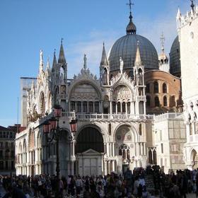 导游带领参观圣马克大教堂(免排队门票)和穆拉诺岛(Murano)之旅