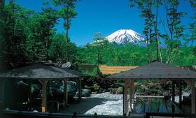 【一日游】世界遗产富士山与山中湖露天温泉