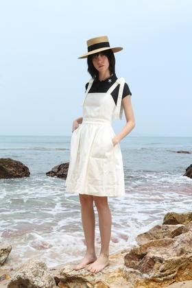 SYUSYUHAN设计师女装品牌 黑色可爱蝴蝶结绑带设计牛仔洗水连衣裙