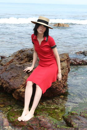 SYUSYUHAN设计师 不规则结构层次下摆修身针织螺纹POLO领连衣裙