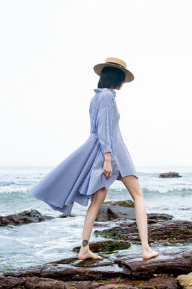 SYUSYUHAN设计师女装 不规则超大摆经典条纹衬衫燕尾度假长连衣裙