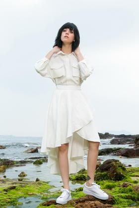 SYUSYUHAN设计师女装 衬衫领口袋假两件设计不规则荷叶大摆连衣裙