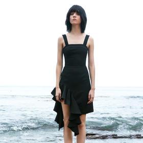 SYUSYUHAN设计师女装 宽吊带立体荷叶边拼接下摆收腰修身连衣裙