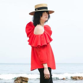 SYUSYUHAN设计师女装品牌 荷叶边露单肩圆弧下摆七分袖度假上衣