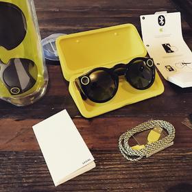 风靡美国,Snapchat的智能太阳眼镜中国也有卖了,在美国都难抢到!