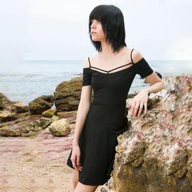 SYUSYUHAN设计师品牌 17夏新胸前交叉细肩带修身大摆吊带短连衣裙