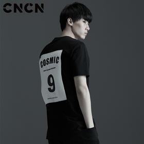 CNCN男装 夏季个性后背字母印花T恤 男士修身黑白体恤 CNBT29039