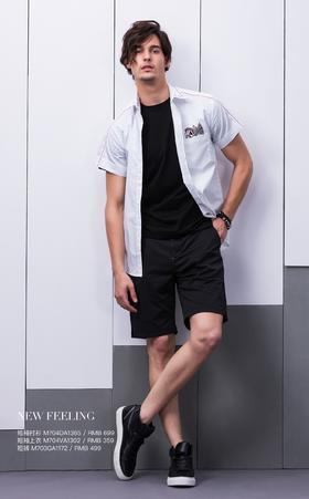 短袖衬衫:M704DA1365¥699; 短袖上衣:M704VA1302¥359; 短裤:M703GA1172¥499