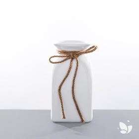 「大白兔」陶瓷花器,温柔的质地,静静等待着你。适用于「Nature自然系列」