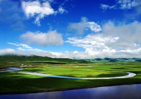 探秘仙山圣湖、朝拜信仰之城——佛国色达+年宝玉则5日游