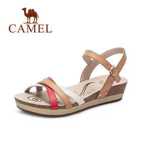 Camel/骆驼女鞋 新款 甜美羊皮拼色真皮坡跟中跟凉鞋A62863607