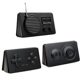奇妙造型的2.5D笔记本:指南针、放大镜、游戏手柄、录音带