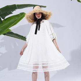 唯美花边灯笼袖连衣裙