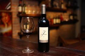 法国卧佛堡干红葡萄酒
