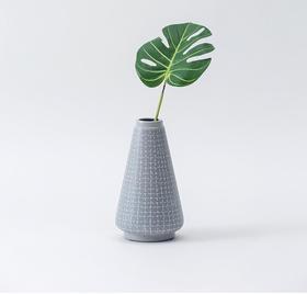 纳谷 | Draw系列十字纹花瓶