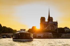 巴黎水陆空豪华求婚套餐