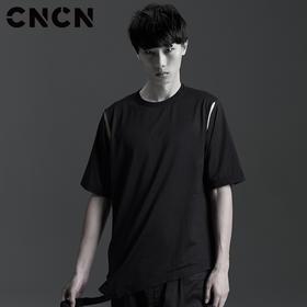 CNCN男装 夏季个性短袖T恤 纯棉黑色薄款男体恤CNBT29066