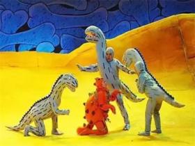 北京儿艺·恐龙主题实景童话剧《你看起来好像很好吃》11月福州巡演啦