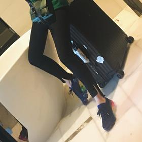 Frame 穿上就是超模腿 显瘦显长的不规则磨边九分牛仔裤