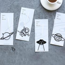 创意异形带丝镂空星球音符书签   文具