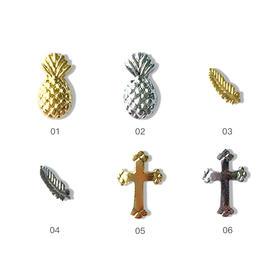 金属铆钉美甲饰品菠萝 羽毛 十字架 6色可选