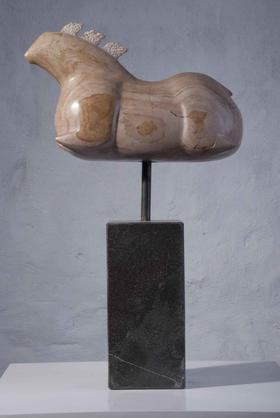 六骏 / 玉、铜、花岗岩 / 46X28X13cm / 2012