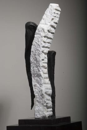天生-1 / 汉白玉 、铜、花岗岩 / 33X28X80cm / 2008