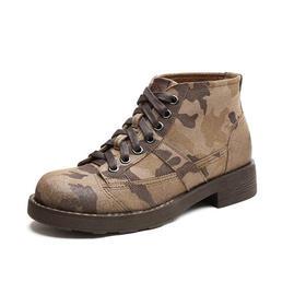 复古迷彩马丁靴