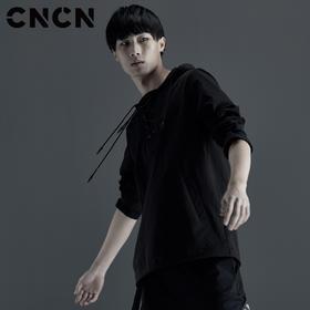 CNCN男装 男士秋装新款潮牌休闲服 黑色长袖连帽卫衣CNCX39057