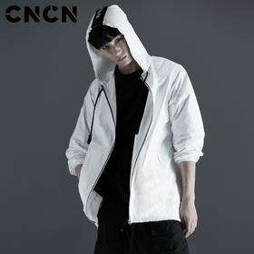 CNCN男装 秋季薄款男士休闲外套 白色轻薄风衣CNCF39058