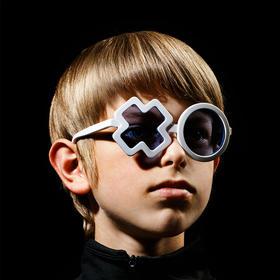加拿大SONS+DAUGHTERS儿童时尚太阳镜  UV400防护 经典款