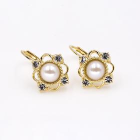 四钻珍珠复古耳钉