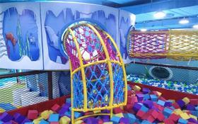 彩虹堂儿童乐园价值1680的年卡,现999元+600个游戏币,室内大型淘气堡,超大彩虹探险、蹦床、沙池、攀爬冒险等各种好玩的等你来玩啦!