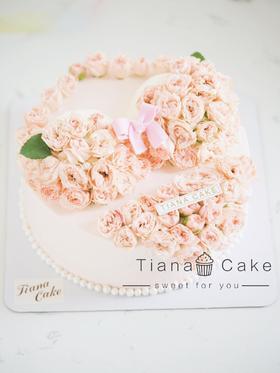 情趣鲜花奶油蛋糕 bra 胸罩
