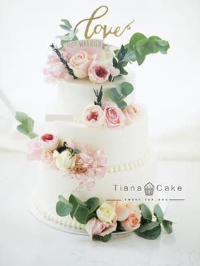 鲜花蛋糕 红丝绒 婚礼蛋糕