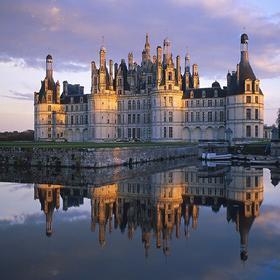 卢瓦尔河谷城堡群游览+品酒活动