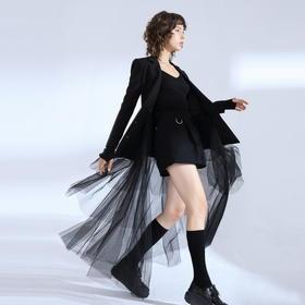 SYUSYUHAN设计师品牌 压轴气场可拆卸三层大摆网纱修身黑色长西装