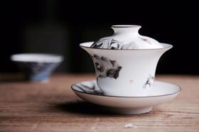 品墨善雅 景德镇陶瓷茶具新彩手绘功夫茶杯盖碗 庭院蝶趣 (单盖碗)