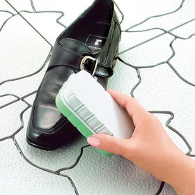 【49选5】【皮鞋小管家】日本进口  SANADA  多功能擦鞋刷   强效去污 双面使用  立刻焕然一新