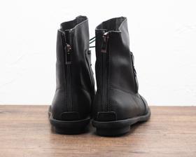 黑色系带圆头复古女士短靴