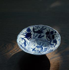长物居 长窑制器 青花葵口鱼藻纹斗笠碗 纯手工陶瓷碗