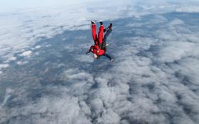 来自高空一万英尺的邀请函