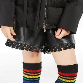 蕾丝拼接短款皮裤