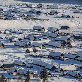 【冬日北疆】天鹅湖+赛里木湖+喀纳斯+禾木+文化节民俗节+雪地赛马12天摄影之旅