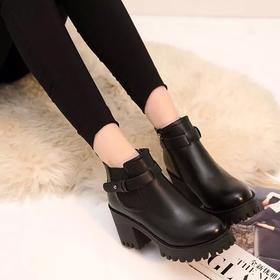 D3韩版粗跟防水台圆头英伦风短靴女秋冬马丁靴复古高跟单靴新款女鞋【魅影】