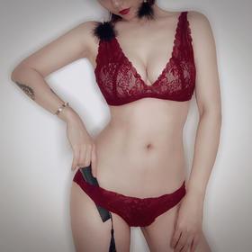 圣诞新年款 复古蕾丝性感内衣文胸套装 酱果红/黑