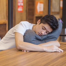 A【旅行必备】 茄子枕头户外旅行便携造型充气枕头成人助眠空气枕午睡枕可折叠
